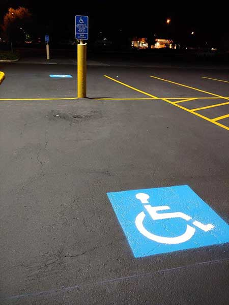 custom-parking-spaces-with-Agrade-sealcoating-in-vancouver-wa
